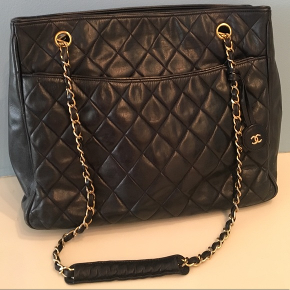 0686d297e18a94 CHANEL Bags | Vintage Tote Bag In Navy And Gold | Poshmark